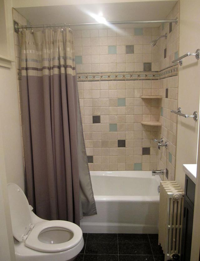 25 small bathroom ideas photo gallery for Bathroom ideas for couples