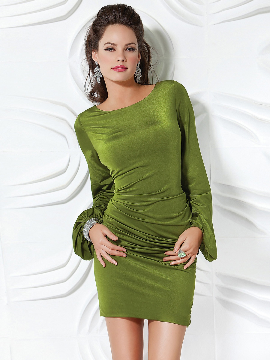 Sexy-Short-Sheath-in-Green-with-Long-Sleeves-and-Low-V-back-Cocktail-Dresses
