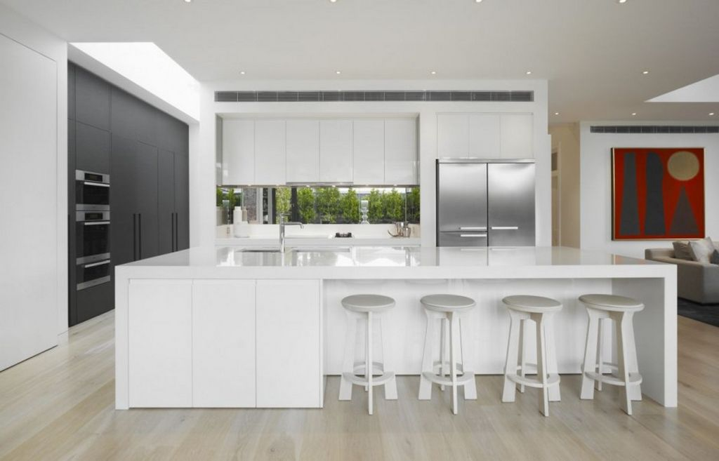 30 contemporary white kitchens ideas for Stunning kitchen ideas