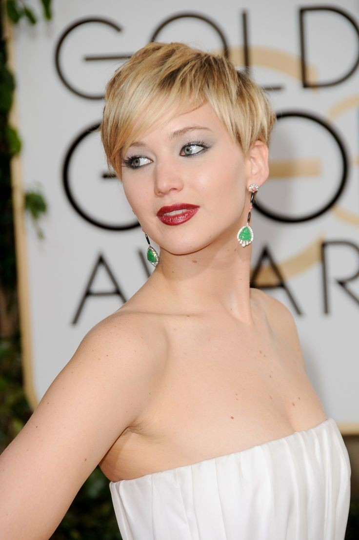 Blond-Pixie-Haircut-for-Thin-Hair