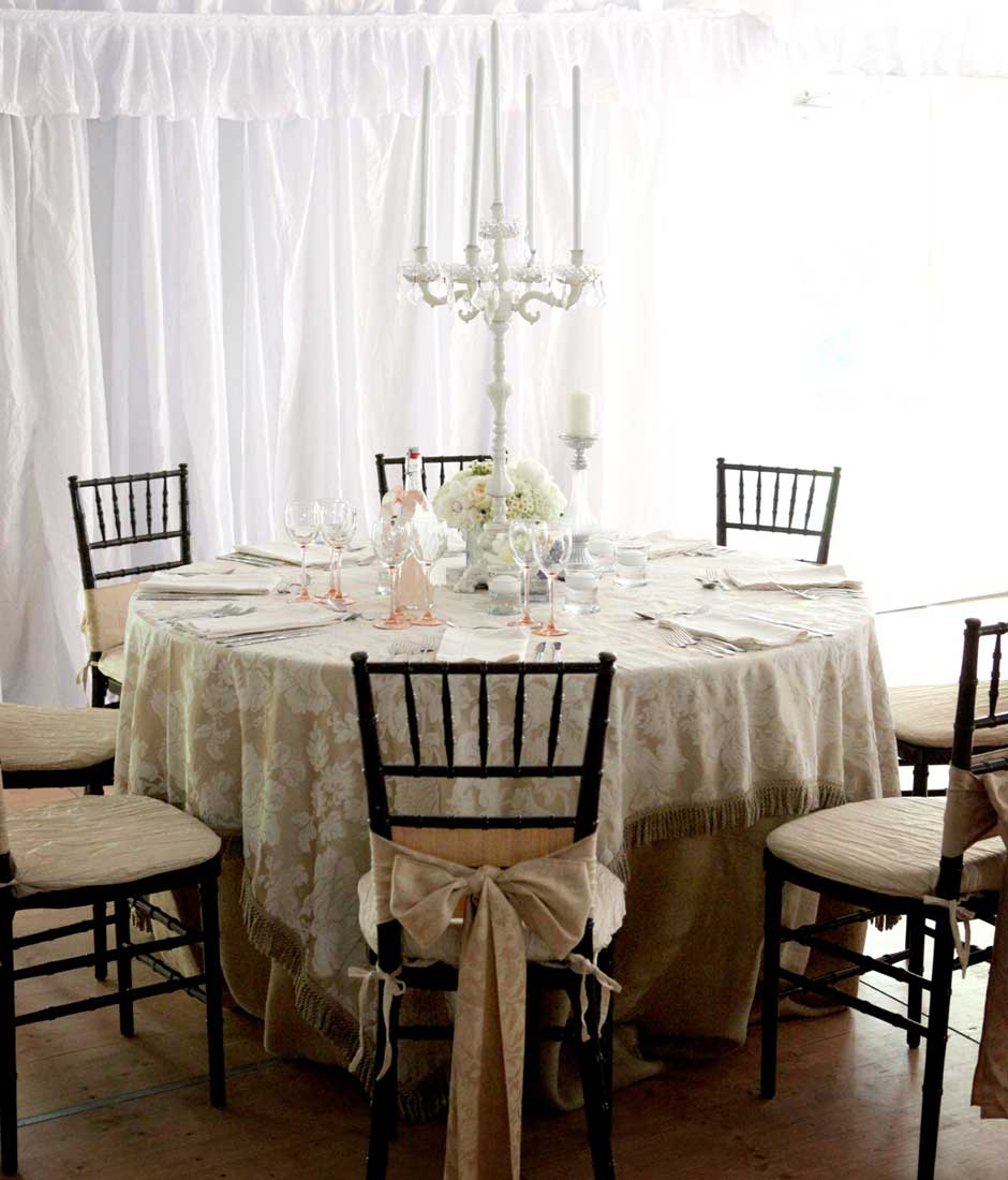 Shabby-Chic-Tent-for-Home-Wedding
