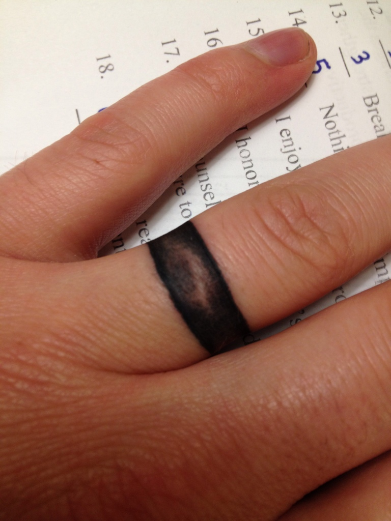25 Awesome Wedding Ring Tattoos - Feed Inspiration