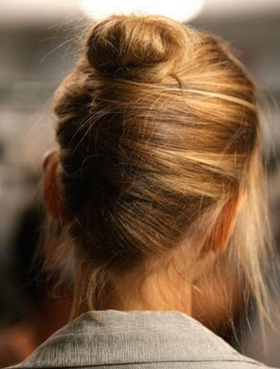 21 Updos For Short Hair To Inspire You Feed Inspiration