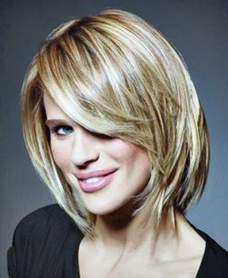 cute hairstyles for women over 30