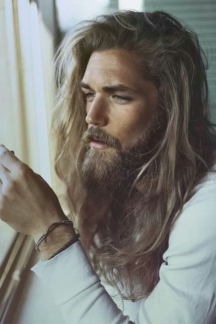 men long hairstyle with beard