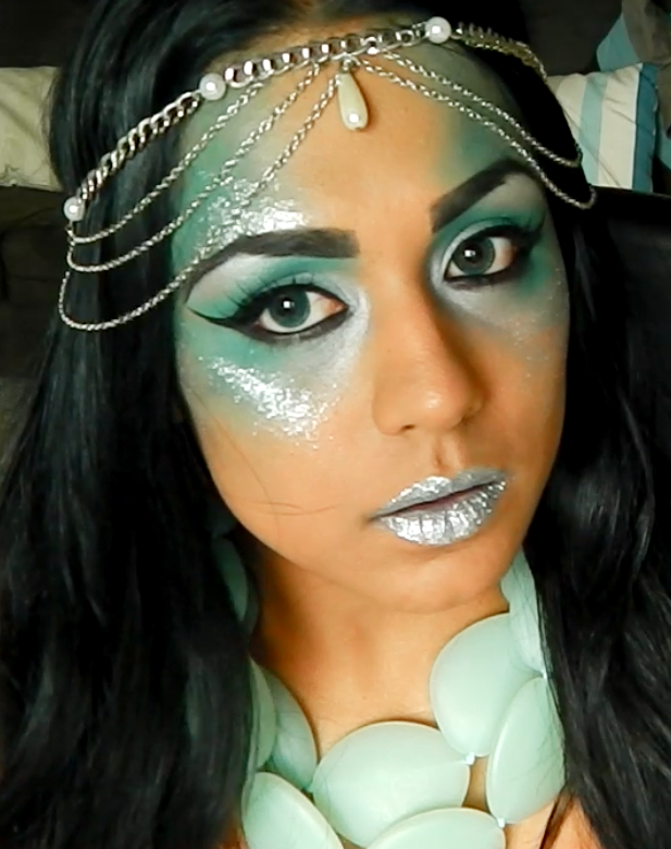 simple mermaid look