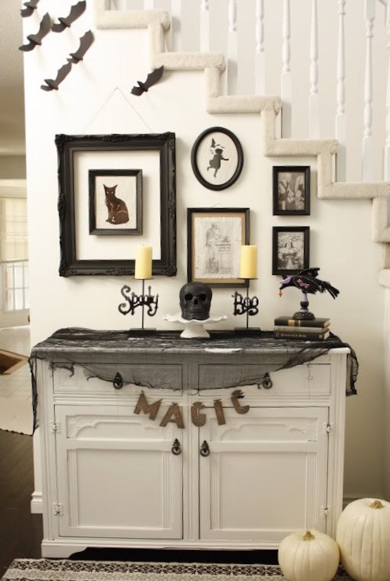 Black And White Halloween Decorating Idea