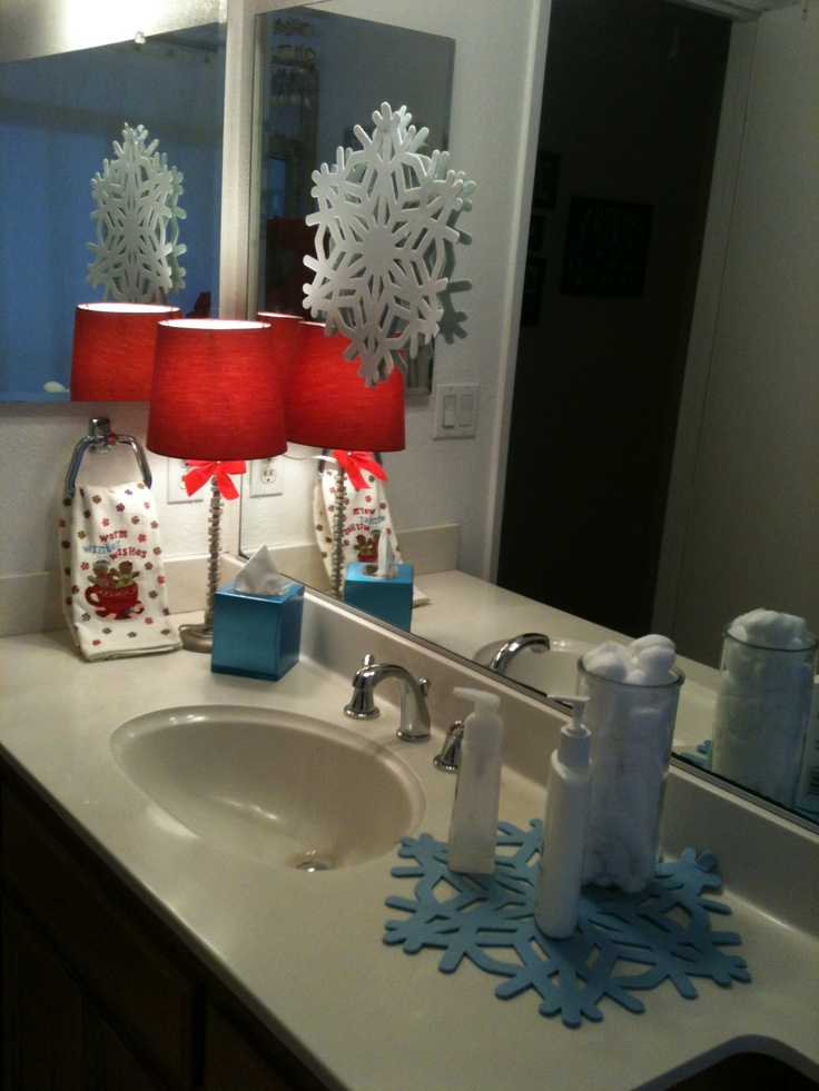 20 amazing christmas bathroom decoration ideas feed for Washroom decor ideas