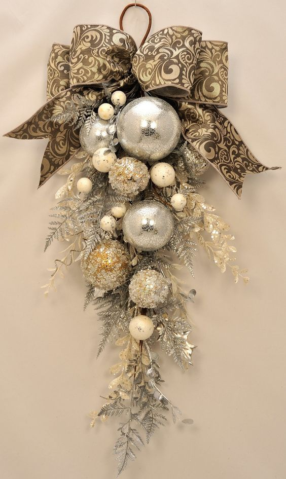 elegant christmas stunning ornament and crystal christmas