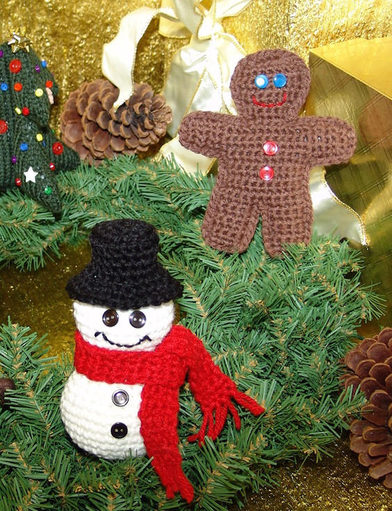 Free Knitting Patterns Mens Jumpers : 21 Cute Knitted Christmas Decorations Ideas - Feed Inspiration