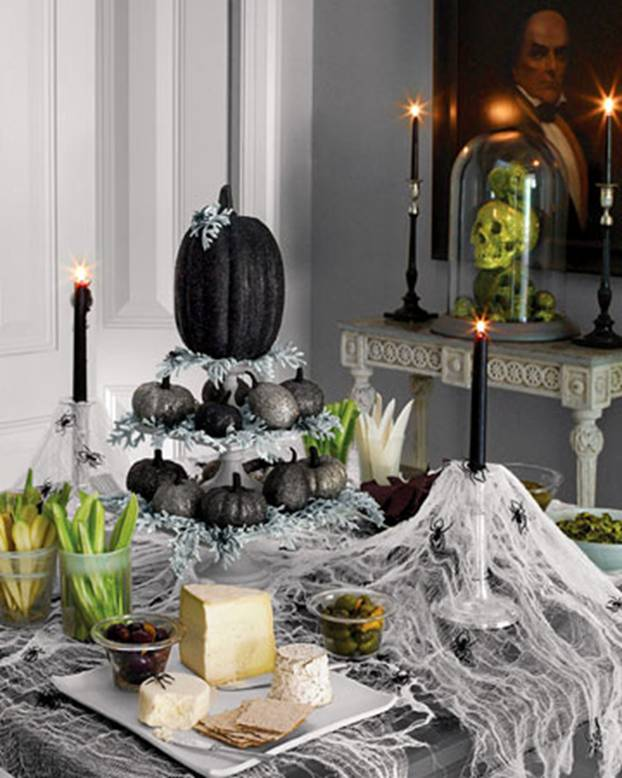 Ideas for Halloween Table Decoration
