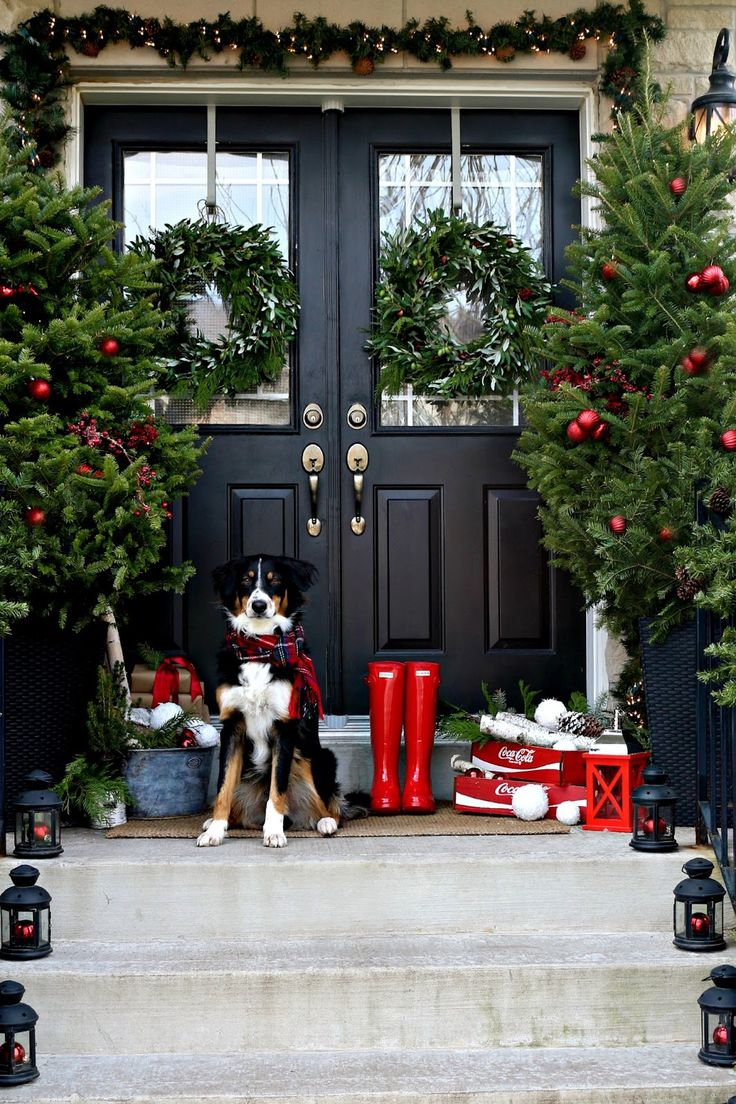 21 Inspiring Christmas Front Porch Decorating Ideas - Feed ...