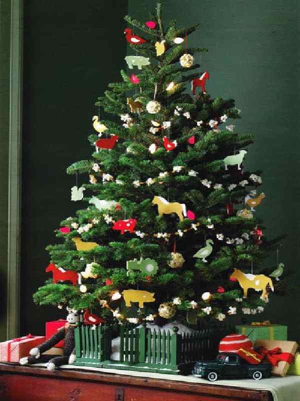 37 Inspiring Christmas Tree Ideas For Small Spaces Feed