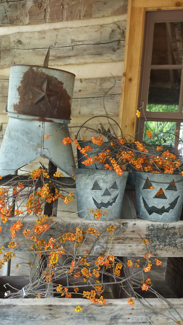 20 rustic halloween decor ideas feed inspiration for Pinterest halloween outdoor decorations