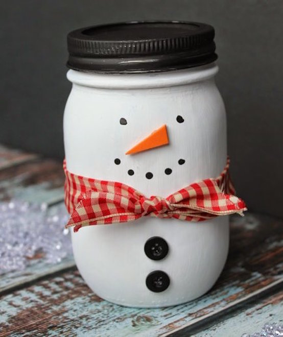 painted mason jar snowman