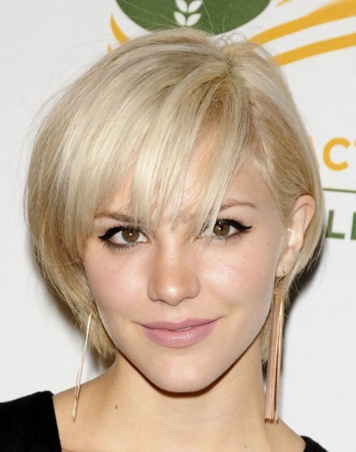 Short-to-Medium-Hairstyles-for-Fine-Hair