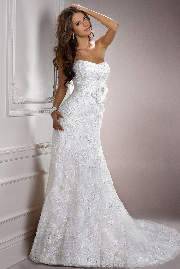 Modern Court Train Sleeveless Beading Lace Wedding Dress