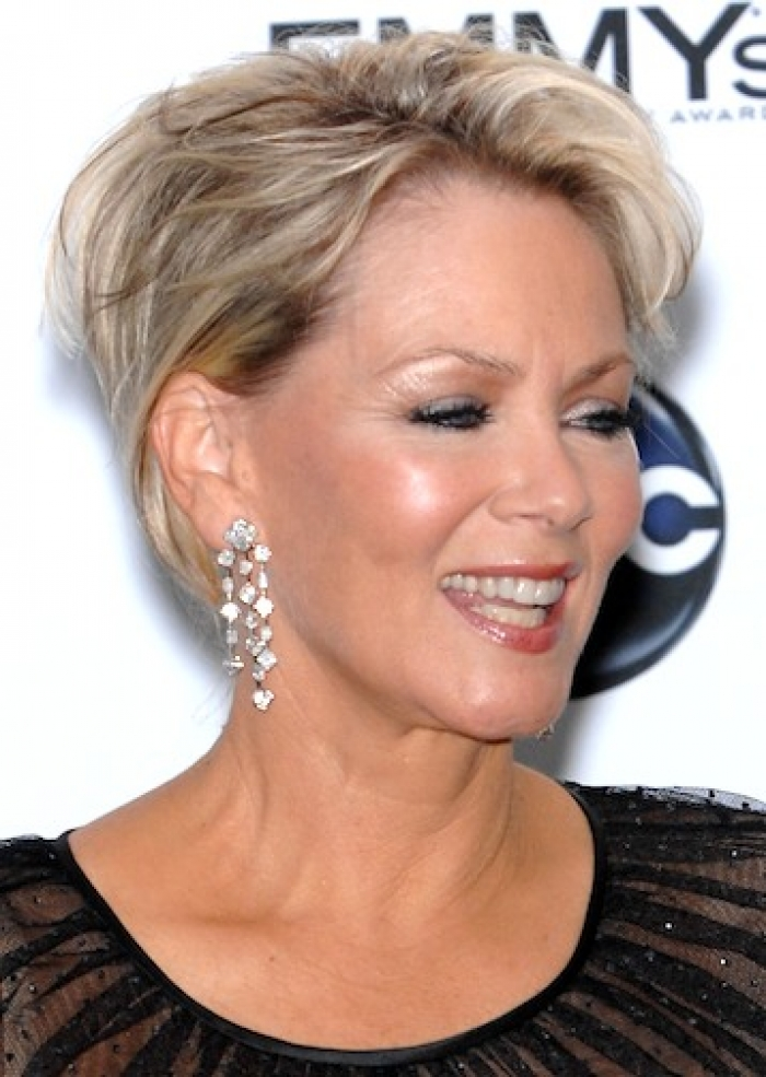 Best Hair Style For Middle Aged Women