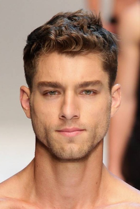 20 Cool Hairstyles For Men With Thin Hair   Feed Inspiration