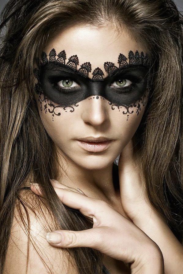 Incredible (and Easy) Halloween Makeup