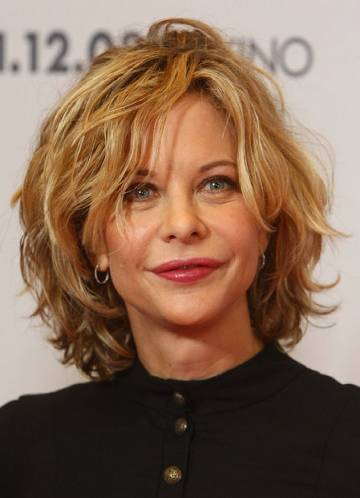21 Short Hairstyles For Older Women To Try This Year ...